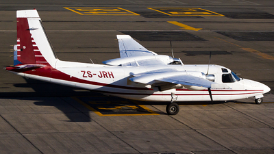 ZS-JRH - Rockwell 690B Turbo Commander - Private