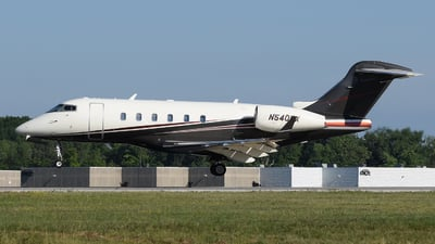 A picture of N540FX - Bombardier Challenger 300 - Flexjet - © DJ Reed - OPShots Photo Team