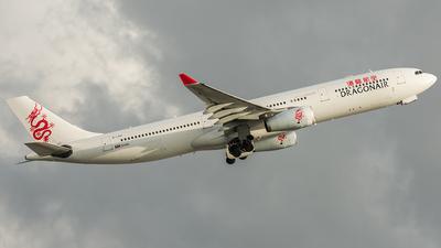 B-LAA - Airbus A330-343 - Dragonair