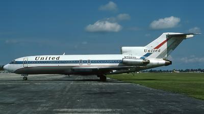 N7084U - Boeing 727-22 - United Airlines