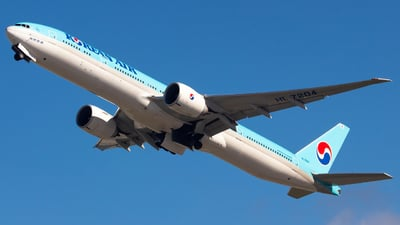 HL7204 - Boeing 777-3B5ER - Korean Air