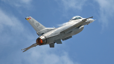 00-0220 - Lockheed Martin F-16C Fighting Falcon - United States - US Air Force (USAF)