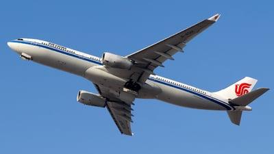 B-6512 - Airbus A330-343 - Air China