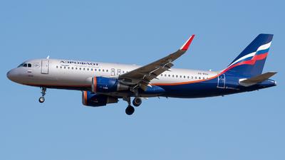VQ-BSU - Airbus A320-214 - Aeroflot