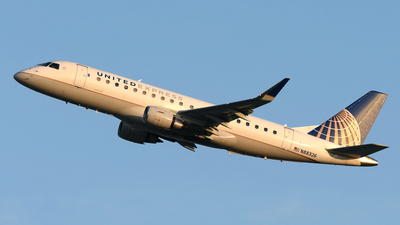 A picture of N88326 - Embraer E175LR - United Airlines - © DJ Reed - OPShots Photo Team