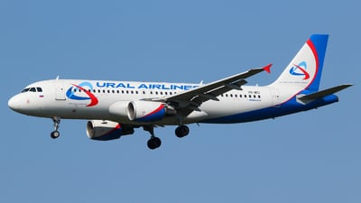 VQ-BCI - Airbus A320-214 - Ural Airlines
