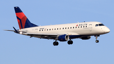 N810MD - Embraer 170-100SU - Delta Connection (Republic Airlines)