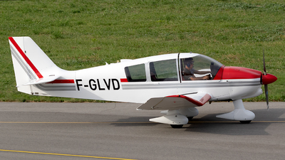 F-GLVD - Robin DR400/120 Dauphin 2+2 - Private