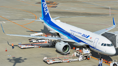 A picture of JA214A - Airbus A320271N - All Nippon Airways - © nkhr1107