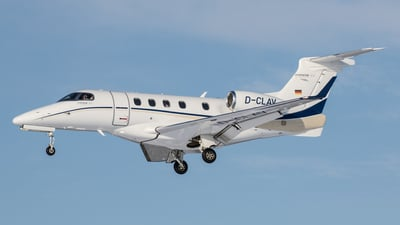 D-CLAV - Embraer 505 Phenom 300 - Private