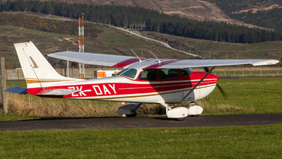 ZK-DAY - Cessna 172L Skyhawk - Mainland Air