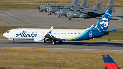 A picture of N320AS - Boeing 737990 - Alaska Airlines - © Steve Rinde