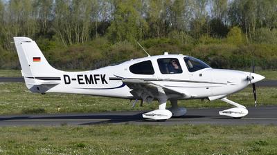 D-EMFK - Cirrus SR20-G6 - Motorflugschule Egelsbach