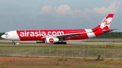 A picture of 9MXXK - Airbus A330343 - AirAsia X - © Hon Kit