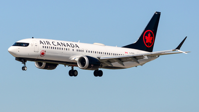 A picture of CFSOI - Boeing 737 MAX 8 - Air Canada - © Chung Kwok