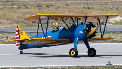 N3292 - Boeing A75N1 Stearman - International Air Services