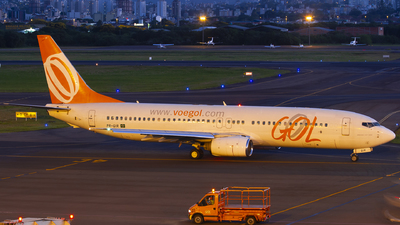 PR-GIR - Boeing 737-8Q8 - GOL Linhas Aéreas
