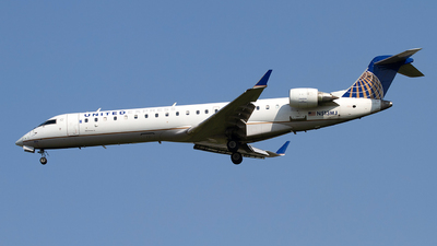 N513MJ - Bombardier CRJ-701 - United Express (Mesa Airlines)