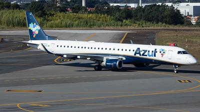 A picture of PRAUO - Embraer E195AR - Azul Linhas Aereas - © J3an_longo