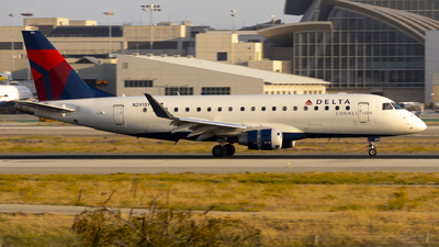 A picture of N291SY - Embraer E175LL - Delta Air Lines - © Jeremy Liu