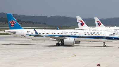 A picture of B1091 - Airbus A321271N - China Southern Airlines - © zhuenxu2003