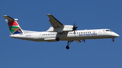 A picture of ZSYBX - De Havilland Canada Dash 8400 - [4366] - © Severin H.