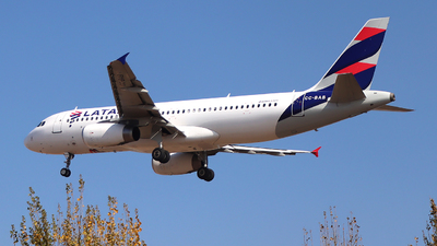 CC-BAB - Airbus A320-233 - LATAM Airlines