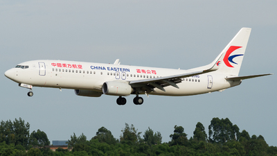 B-208D - Boeing 737-89P - China Eastern Airlines