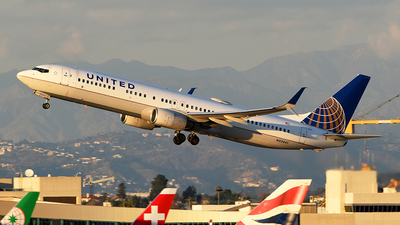 A picture of N53441 - Boeing 737924(ER) - United Airlines - © Rocky Wang