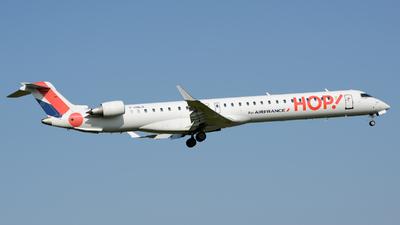 A picture of FHMLN - Mitsubishi CRJ1000EL - Air France - © Romain Salerno / Aeronantes Spotters