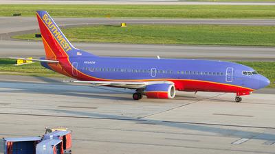A picture of N694SW - Boeing 7373T5 - [23061] - © Felipe Garcia