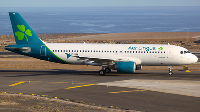 A picture of EIDVK - Airbus A320214 - Aer Lingus - © J.M.Carballo