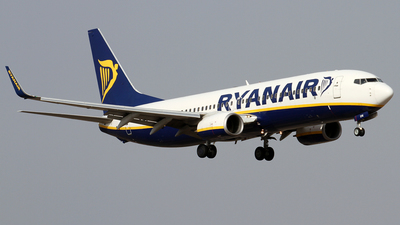 A picture of EIEVK - Boeing 7378AS - Ryanair - © Alfonso Solis