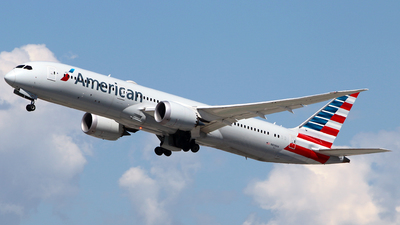 A picture of N838AA - Boeing 7879 Dreamliner - American Airlines - © Diego Mancilla.