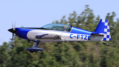 C-FTZE - Extra 300L - Canada - National Research Council