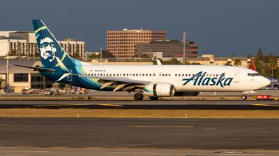 N523AS - Boeing 737-890 - Alaska Airlines