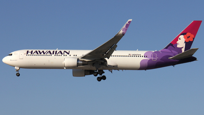 N587HA - Boeing 767-33A(ER) - Hawaiian Airlines