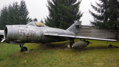 1526 - WSK-Mielec SB Lim-2 - Poland - Air Force