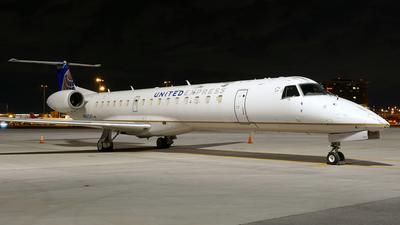 A picture of N16541 - Embraer ERJ145LR - United Airlines - © Craig L Baldwin