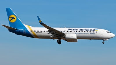 UR-PSB - Boeing 737-8HX - Ukraine International Airlines