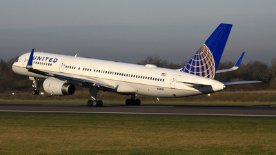 N48127 - Boeing 757-224 - United Airlines (Continental Airlines)