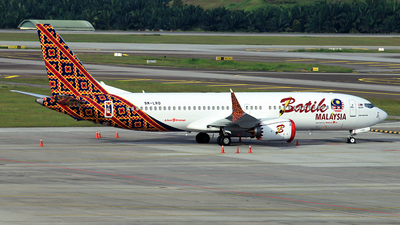 A picture of 9MLRD - Boeing 737 MAX 8 - [42986] - © RuiQi Liang