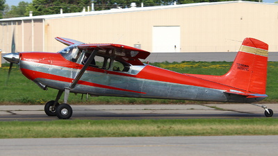 N2921C - Cessna 180 Skywagon - Private