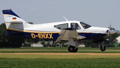D-EHXX - Rockwell Commander 112A - Private
