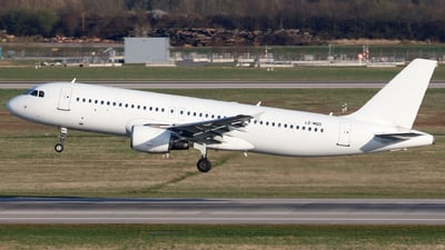 LZ-MDO - Airbus A320-214 - Via Airways