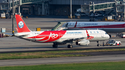 A picture of B1663 - Airbus A321231 - Sichuan Airlines - © Marcus Yu
