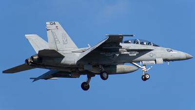 166684 - Boeing F/A-18F Super Hornet - United States - US Navy (USN)