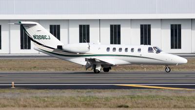 A picture of N306CJ - Cessna 525A CitationJet CJ2 - Delta Private Jets - © Huy Do