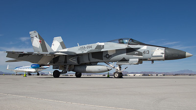 164215 - McDonnell Douglas F/A-18C Hornet - United States - US Navy (USN)
