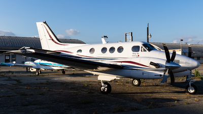 A picture of N1685S - Beech C90A King Air - [LJ1685] - © Alex Crail